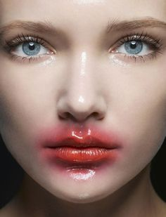 Wet look editorial hair, beauty editorial, beauty photography, fashion photography, makeup inspo Makeup Inspo, Makeup Art, Makeup Inspiration, Eye Makeup, Makeup Ideas, Smudged Makeup, Beauty And Beauty, Beauty Make Up, Hair Beauty