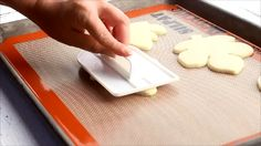 How to Flatten cookies for a Smooth Decorating Surface by thebearfootbaker.com