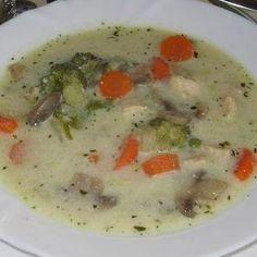 Egy finom Tárkonyos zöldségleves ebédre vagy vacsorára? Tárkonyos zöldségleves Receptek a Mindmegette.hu Recept gyűjteményében!