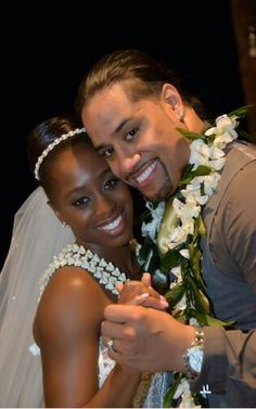 Jonathan Fatu (WWE Superstar Jimmy Uso) married Trinity McCray (WWE Diva Naomi) in a beautiful ceremony in Hawaii. The couple are featured on the E! reality show Total Divas.