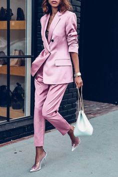 Love the satin pink. The suit is by ALC paired with Volon white bucket bag and Stella McCartney pvc transparent pumps How to Wear a Pink SuitOn Trend: Houndstooth Street Style Looks to Copy Now Summer Work Outfits, Office Outfits, Chic Outfits, Trendy Outfits, Fashion Outfits, Fashion Trends, Woman Outfits, Pink Blazer Outfits, Black Outfits