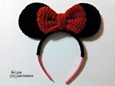 Crochet Headbands Ravelry: Minnie Mouse Inspired Headband pattern by Jenna Johnston - Materials: Disney Crochet Patterns, Crochet Disney, Crochet Patterns Amigurumi, Sewing Patterns Free, Knitting Patterns, Free Pattern, Crochet For Kids, Crochet Baby, Free Crochet
