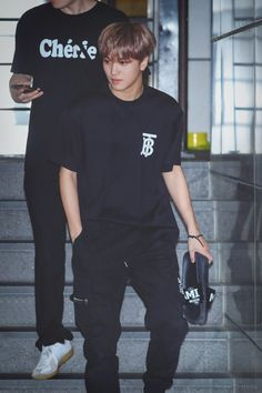 """Casual Hyuck just makes me crazy! So boyfriend!"