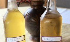 Wer zum gesund werden auf alte Hausmittel setzt, dem ist bei einer Erkältung mit einem selbst gemachten Sirup aus Thymian und Salbei geholfen.