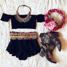 This would be so cute for cochella!
