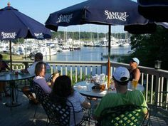 Brax Landing in Harwich has waterfront dining on Saquatucket Harbor. They serve lunch, dinner and Sunday Buffet Brunch and they have a childrens menu!