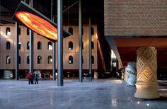 Alhóndiga. Bilbao. http://www.internimagazine.it/en/magazine/interiors-architecture/alhondiga-bilbao