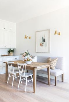 breakfast nook / small space dining What's Decoration? Decoration is the art of decorating the interior and exterior of the … Dining Nook, Fall Home Decor, Interior, Dining Room Small, Home Remodeling, Cheap Home Decor, Home Decor, House Interior, Apartment Decor