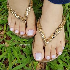 "337 Likes, 2 Comments - OsmaisbelospesdoIG (@osmaisbelospesdoig) on Instagram: ""@uilmamonteiro_unhas #pés #pezinhos #pésfemininos #feet #footfetishnation #feetstagram #toes…"""