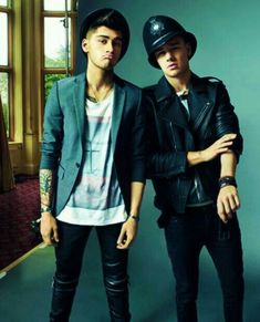 Zayn Malik and Liam Payne Liam James, James Horan, Zayn Malik, Niall Horan, Liam Payne, Louis Tomlinson, One Direction Images, Direction Quotes, Wattpad