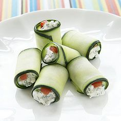 Cucumber Roll-Ups: Kids can help make these tasty two-bite snacks for their first classroom gathering. Easy Snacks For Kids, Kids Meals, Kid Snacks, Quick Snacks, Cucumber Roll Ups, Healthy Afternoon Snacks, Little Lunch, Tasty, Yummy Food