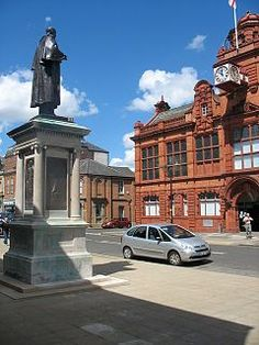 Palmer Statue overlooking Jarrow Town Hall