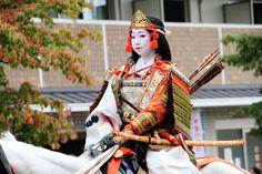 The late 12th century female samurai Tomoe Gozen.