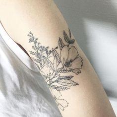 by Hongdam Flower Outline Tattoo, Flower Tat, Pretty Tattoos, Love Tattoos, Small Tattoos, Tatoos, Bird Tattoo Ribs, I Tattoo, Cool Tats
