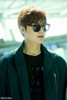 (Part 17) In 17-09-2015 Lee Min Ho go to Airport depart for Rome,Italy.