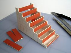 'Model-making Basics' – main construction - how to build a roombox, how to build stairs, + more, scroll way down the page direct: davidneat. Miniature Rooms, Miniature Houses, Miniature Furniture, Dollhouse Furniture, Dollhouse Tutorials, Diy Dollhouse, Dollhouse Miniatures, Dollhouse Staircase, Cardboard Dollhouse