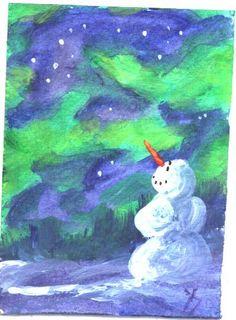 Lumiukko katsoo revontulia