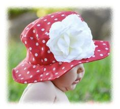 need to make some of these hats for beach and pool days!!!