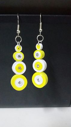 paper quilling jewelry making Paper Quilling Earrings, Paper Quilling Flowers, Quilling Paper Craft, Quilling Images, Quilling Designs, Quilling Ideas, Paper Jewelry, Paper Beads, Bead Jewelry