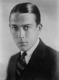 Jack Pickford (John Charles Smith) (August 18, 1896 - January 3, 1933) Canadian actor (o.a. from the movie Tom Sawyer).