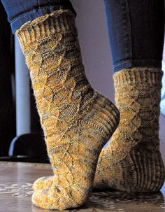 Advent, Advent socks by Stephanie van der Linden - free Wool Socks, Knitting Socks, Hand Knitting, Knitting Patterns Free, Knit Patterns, Free Pattern, Easy Crochet Projects, Crochet Ideas, Sock Toys