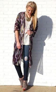 Tejas Cactus Kimono. Fashion. Trendy. Style. Beach. Spring. @shopbellac