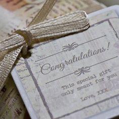 Lo quiero, no lo quiero, lo quiero… ¡Hoy te dejamos 5 consejos para elaborar tu lista de bodas! ¿Te gusta esta idea o prefieres la opción de cuenta bancaria?  http://bit.ly/1pasYOM