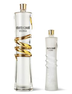 Champagne Drinks, Cocktails, Cocktail Drinks, Alcoholic Drinks, Alcohol Bottles, Liquor Bottles, Perfume Bottles, Vodka, Wine Design