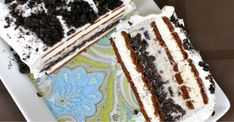 Looking for a dessert that will drive the kids crazy and make them behave at the same time? Then this Oreo ice cream cake is the solution!
