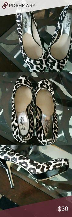 Michael kors shoes Haircalf platform brown  and beige MICHAEL Michael Kors Shoes Platforms