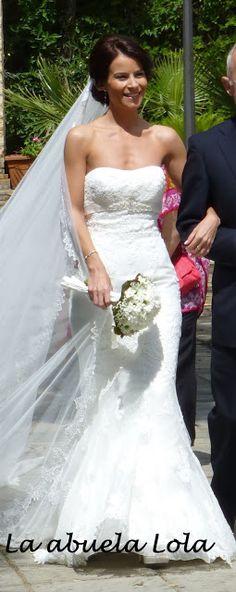 """""""Blanca y radiante va la novia...."""" pues si blanca y radiante va Tilda vestida de novia.... pero como una imagen vale más que mil palabras..."""