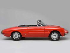1967 Alfa Romeo Spider 1600 Duetto Maintenance/restoration of old/vintage vehicles: the material for new cogs/casters/gears/pads could be cast polyamide which I (Cast polyamide) can produce. My contact: tatjana.alic@windowslive.com