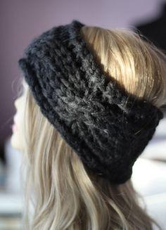 Kaufe meinen Artikel bei #Kleiderkreisel http://www.kleiderkreisel.de/accessoires/stirnbander/115108232-feines-strick-zopf-stirnband-herbst-winter-anthrazit