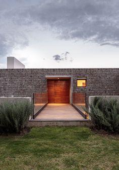 Casa Los Chillos / Diez + Muller Arquitectos © Sebastían Crespo Camacho