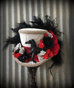 Mini Top Hat, Kentucky Derby Fascinator, Horse Race hat, Red Roses, Steampunk hat, Alice in Wonderland hat, Tea Party hat, Mad Hatter hat by ChikiBird on Etsy https://www.etsy.com/listing/269266814/mini-top-hat-kentucky-derby-fascinator