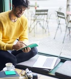 A day full of peace and smile, that's the moment which you can save your unique ideas without worries. #PracticalNotebook #LatonGroup #Colorful #Notebook #Stationery #LifeStyle #Design #Premium #DD #FinlandDesing #HighQuality