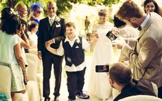 LOVE IS IN THE AIR - http://www.alessandrobaglioni.it/it/destination_wedding_tuscany_/