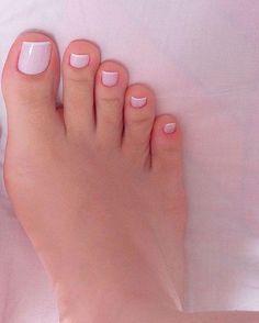 Dani Feet - Muita gente perguntando s. Pretty Toe Nails, Pretty Toes, French Pedicure, Manicure And Pedicure, Hair And Nails, My Nails, Feet Nails, Nagel Gel, Toe Nail Art