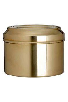 Boîte en métal avec couvercle