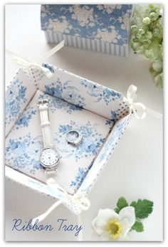 Fabric tray - love this!.*