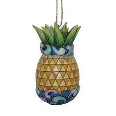 Jim Shore Heartwood Creek Pineapple with Quilt Pattern Hanging Ornament///My daughter gave this to me for Christmas