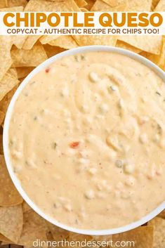 Chipotle Queso (Copycat) Recipes Chipotle Queso (Copycat) recipe is an all natural creamy chili cheese dip with tomatillo salsa in just 20 minutes that tastes just like you. Chili Cheese Dips, Nacho Cheese Sauce, Chipotle Chicken, Queso Cheese Sauce Recipe, Chipotle Dip, Chicken Dips, Chicken Recipes, Mexican Dishes, Gourmet