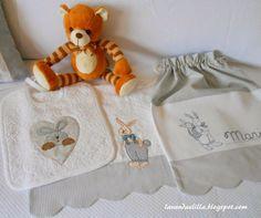Lavanda e Lillà: Set Asilo: Bavaglia, Sacca e Asciugamano per bimba...