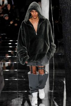 575087b7f6a3 8 Things to Know About Rihanna s Fenty x Puma Runway Show