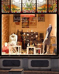 #MING & #MIKIS is een #romantische #damesmodezaak in het #centrum van #Nijmegen. De #etalage is een #lust voor het #oog waar #mooie #kledingstukken, #sieraden en #accessoires zijn #geëtaleerd. MING & MIKIS omschrijven hun #stijl als een beetje #Art #Nouveau met #internationale #accenten. De #winkel is #gevestigd in een #monumentaal #pand en #geeft je echt een #gevoel van #thuiskomen. Wil je ook #genieten van MING & MIKIS neem dan een #kijkje aan de #Lange #Hezelstraat 53 in Nijmegen.