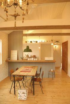 キッチン Kitchen Dining, Dining Table, Diy Interior, Minimalist, House Design, Kitchen Ideas, Furniture, Home Decor, Decoration Home
