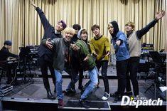 Dispatch BTS'in Konser Hazırlıklarından Resimler Yayınladı