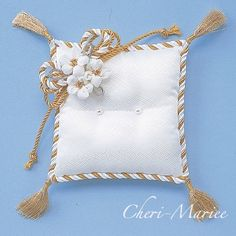 RP-5kit:お花のリングピロー手作りキット 白×金 <シェリーマリエ・リングピローコーナー>