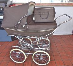 Silver Cross Vintage Pram Baby Carriage Brown w/ assessories** Exc. Cond. #SilverCross