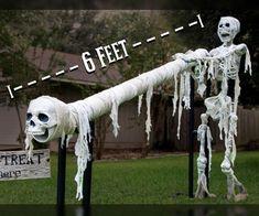 Halloween Garage Door, Halloween This Year, Halloween Scene, Halloween Skeletons, Halloween 2020, Easy Halloween, Halloween Crafts, Halloween Decorations, Halloween Camping